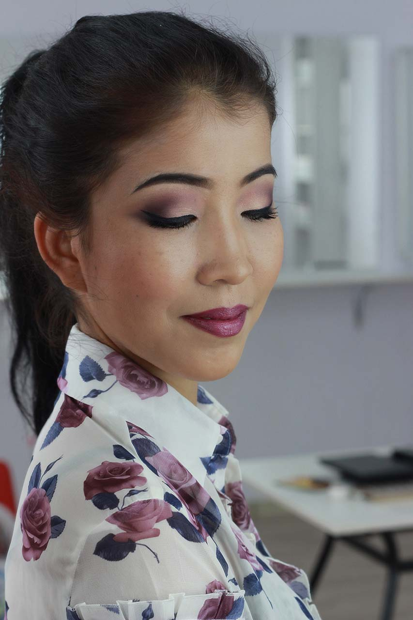 Свадебный макияж в стиле марсала. Карандашная техника.